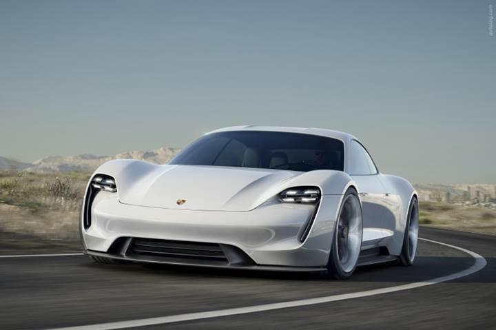 Porsche sağlam geliyor: Mission E, Tesla'lardan iki kat daha hızlı şarj olacak