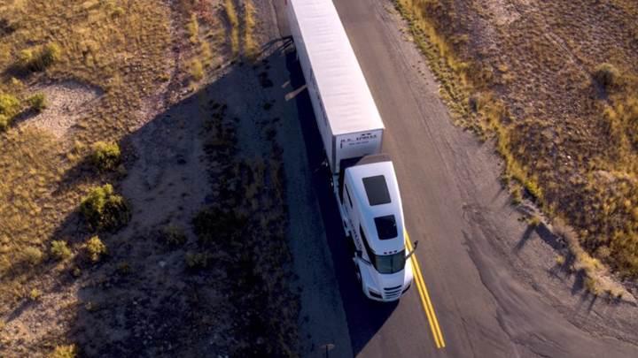 Tesla Semi'nin rakibi Nikola One yollarda gövde gösterisi yaptı