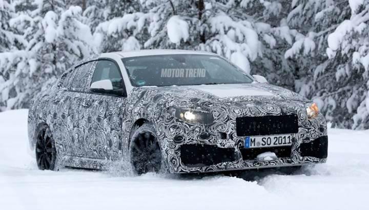 BMW 2 Serisi Gran Coupe kamuflajlı olarak yakalandı