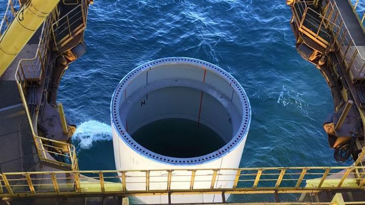 Dünyanın en büyük açık deniz rüzgar santralinin yapımına başlandı
