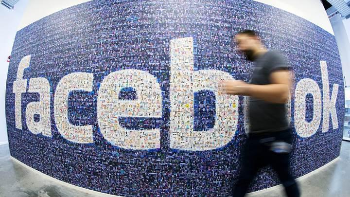 Facebook hem kullanıcı sayısını hem de gelirlerini arttırdı