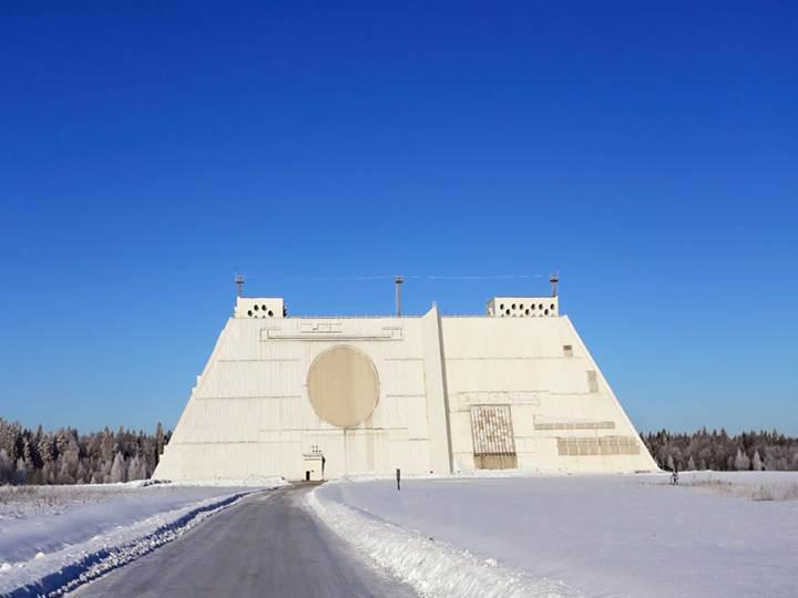 Rusya'nın Star Wars filmlerinden çıkma Don-2N radar sistemi havadan görüntülendi