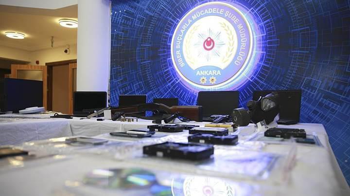 50 milyon Türk vatandaşının kimlik bilgilerini satan çete yakalandı