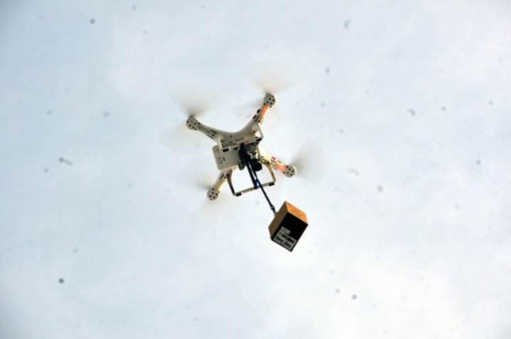 Telefon çekmeyen köyden drone'lu çözüm