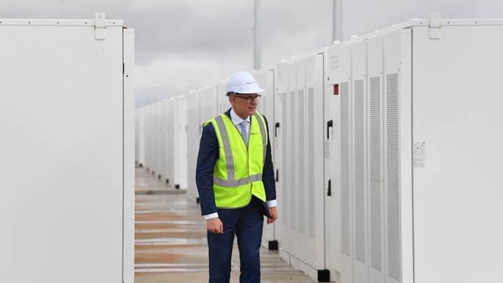 Tesla dünyanın en büyük sanal enerji santralini oluşturacak