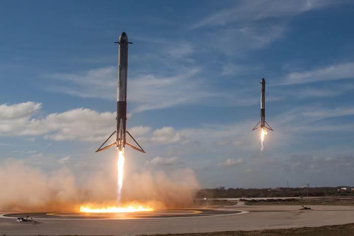 SpaceX'in Falcon Heavy uçuşuna bir de bu muhteşem fotoğraflarla bakın