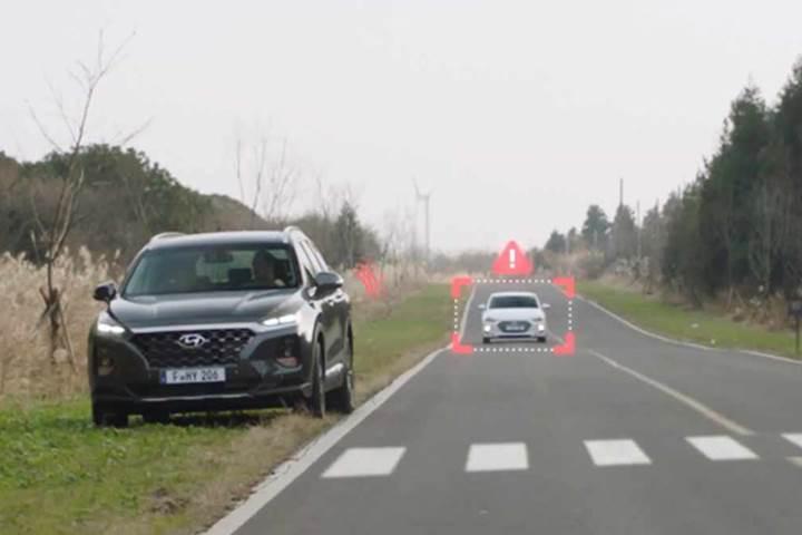 Yeni Hyundai Santa Fe'nin Güvenli Çıkış Asistanı'nı görev sırasında izleyin