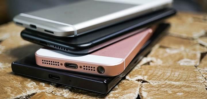 Acil nakit ihtiyacı olan vatandaş taahhütlü telefon alıp satıyor