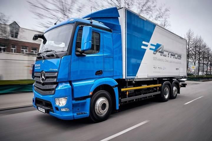 Mercedes-Benz'in yeni tamamen elektrikli kamyonu eActros