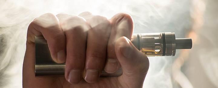 Elektronik sigara buharı ağır metaller içeriyor