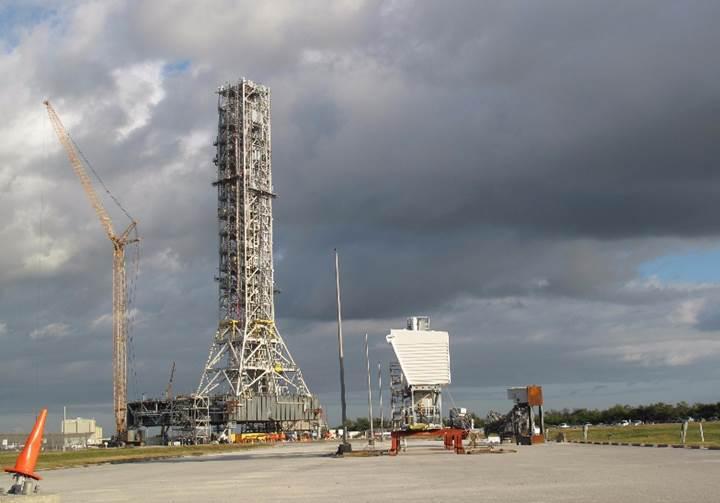 NASA'nın 1 milyar doları çöpe mi gitti? 9 yıldır geliştirilen kalkış kulesi