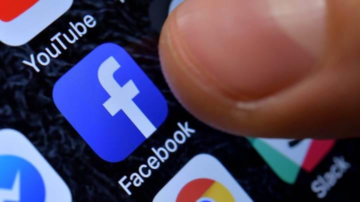 Avrupa Komisyonu'ndan sosyal medya devlerine ''illegal içerik'' uyarısı