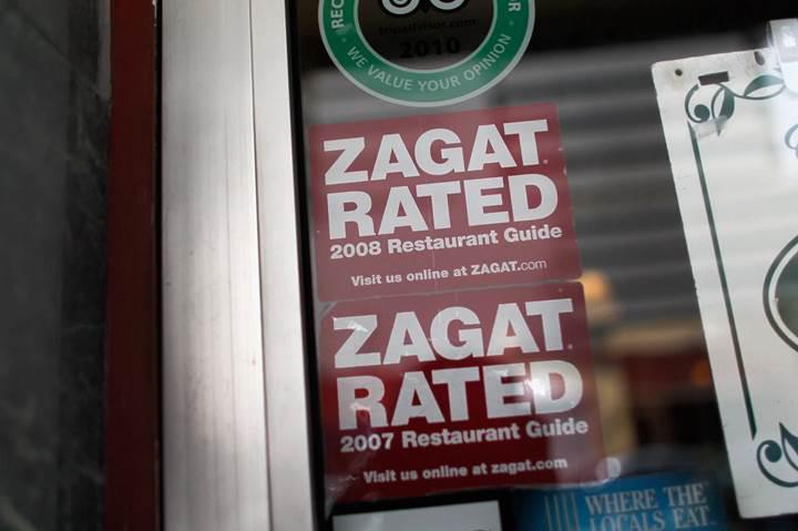 Google 2011 yılında 151 milyon dolara aldığı restoran inceleme rehberi Zagat'ı satıyor