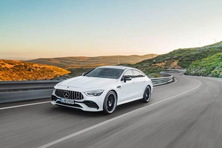 Mercedes-Benz, tüm yeniliklerini Cenevre'de sergiliyor