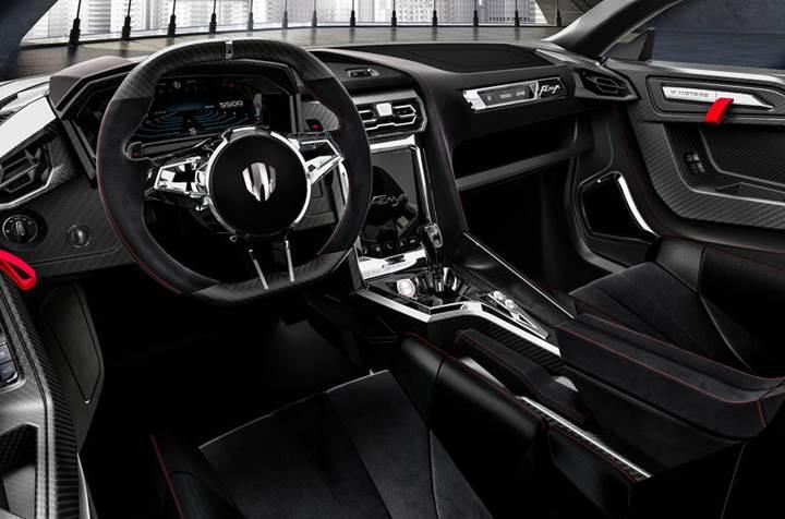 Dubaili W Motors, yeni lüks süper otomobiliyle Cenevre'de
