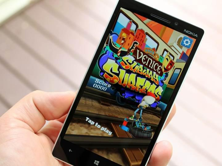 Windows 10 Mobile platformuna son darbe Subway Surfers'tan geldi