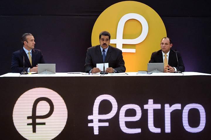 Donald Trump, Venezuela'nın kripto parası Petro'yu yasakladı
