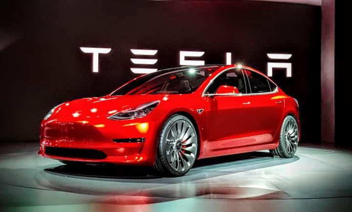 'Tesla 4 aya iflas edecek!'