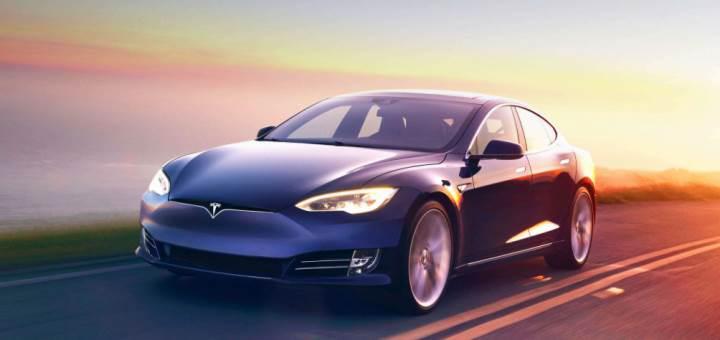 Tesla, 123 bin aracını direksiyon sorunu nedeniyle geri çağırdı