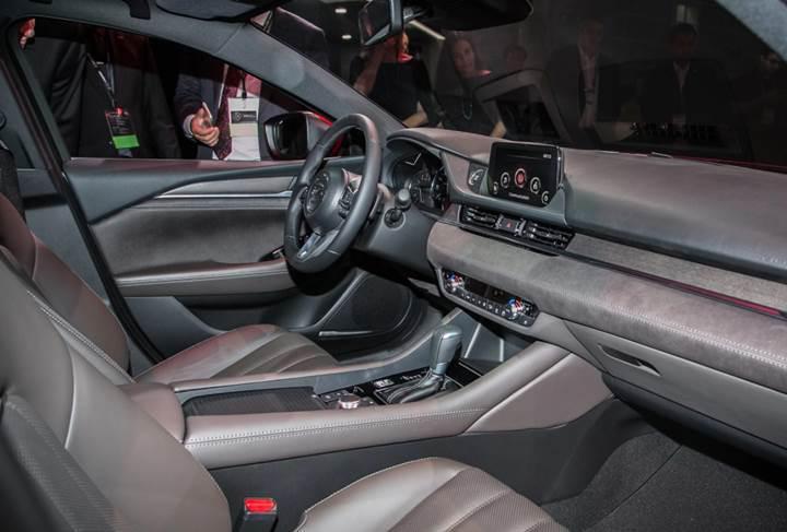 CarPlay uyumlu ilk Mazda, 2018 model Mazda6 oldu