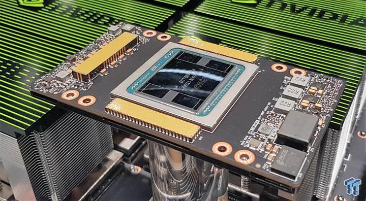 Nvidia Tesla V100 hızlandırıcısına yakından bakın