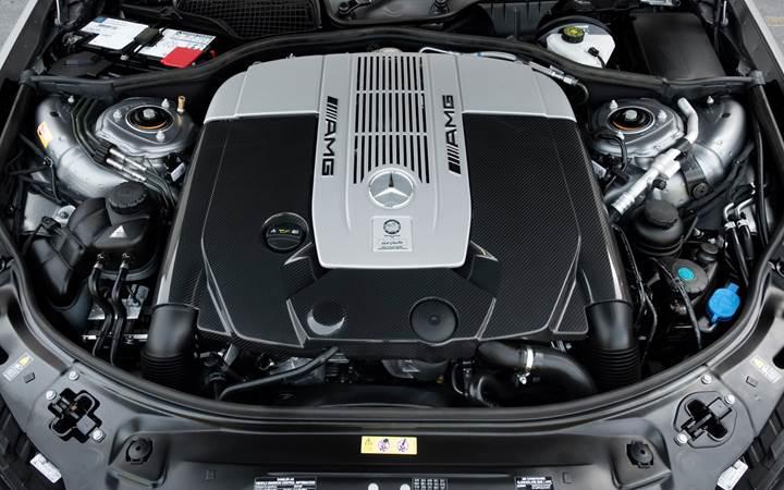 AMG, V12 motorlu araçlara veda ediyor