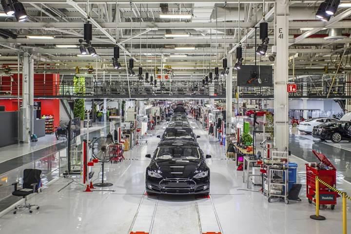 Tesla, Model 3 üretimi için artık 7/24 çalışacak