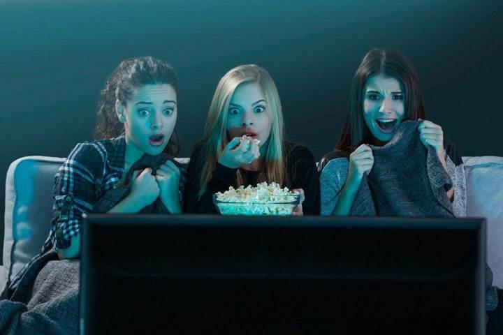 Netflix, korkudan bitirilemeyen filmlerin listesini yayınladı