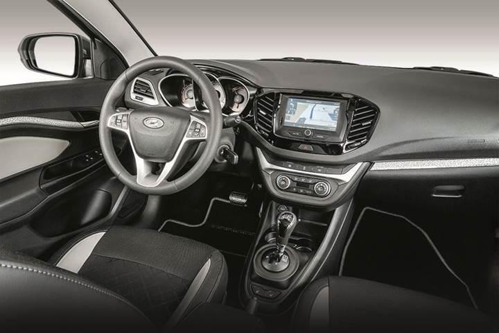 Lada, Vesta Cross Sedan modeli ile arazi araçlarına göz kırptı