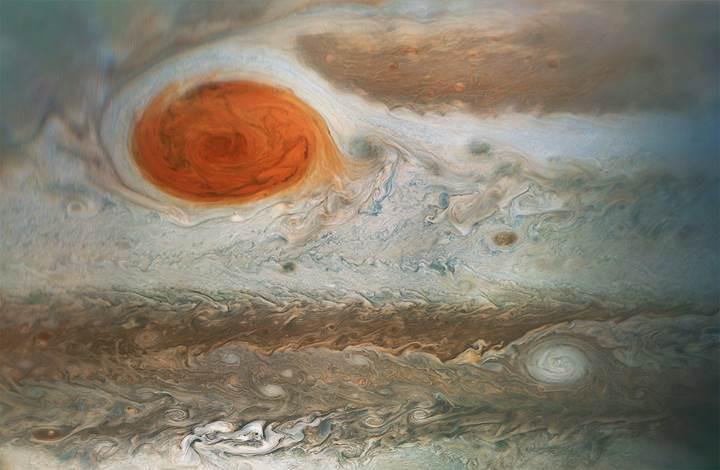 Juno, Jüpiter'in 'Büyük Kırmızı Lekesi'ni görüntüledi