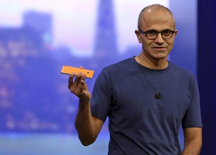 Satya Nadella: Microsoft, mobil teknolojiye yatırım yapmaya devam edecek