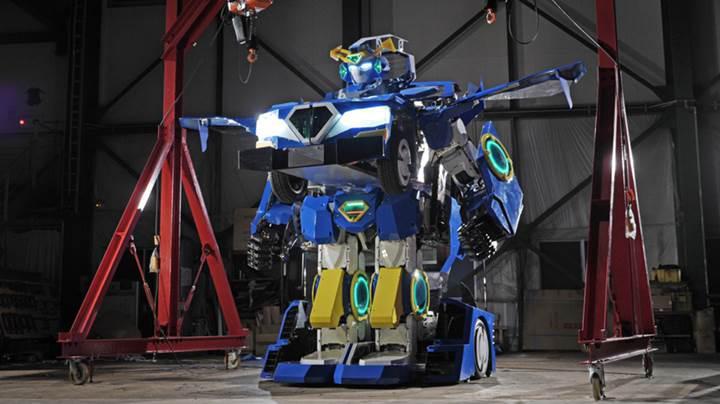 Japon mühendislerden arabaya dönüşebilen gerçek Transformers