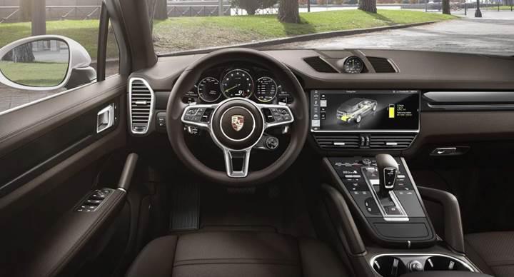 2019 Porsche Cayenne E-Hybrid, yeni özellikleriyle tanıtıldı