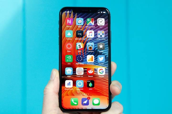 iPhone X modeli Apple'a kar ettirmeye devam ediyor