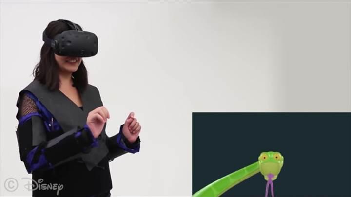 Disney'in VR ceketi, kullanıcılara oyunlardaki fiziksel tepkimeleri hissettirecek