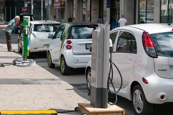 Dizel araçların Avrupa'daki gerilemesi sürüyor