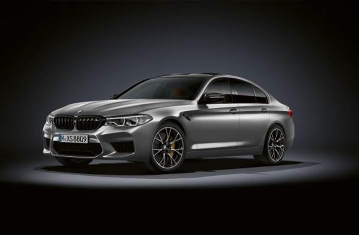 BMW, 625 beygirlik yeni M5 Competition modelini tanıttı