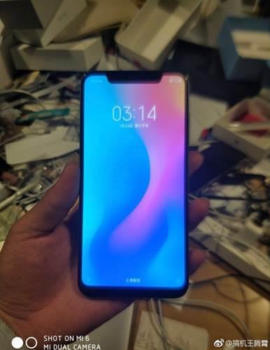 Xiaomi Mi 7 kanlı canlı görüntülendi