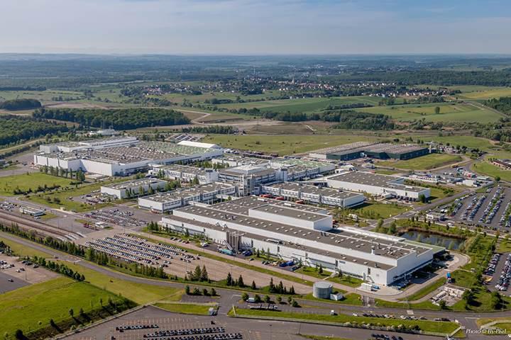 Mercedes, 500 milyon euro yatırımla Fransa'daki üretimini genişletiyor