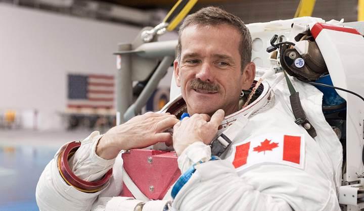 """Kanadalı Astronot: """"Uzayda tek başımıza olduğumuzu düşünmüyorum"""""""