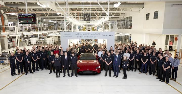 Aston Martin, yeni Vantage modelinin seri üretimine başladı