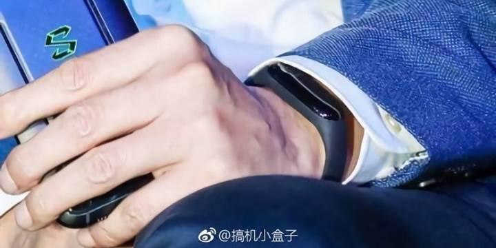 Xiaomi Mi Band 3, Perşembe günü tanıtılacak