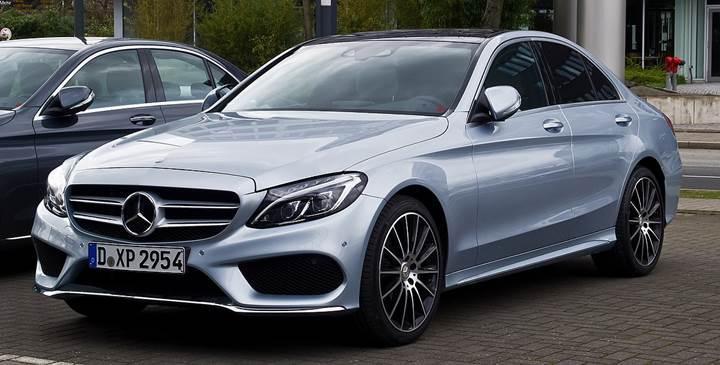 Mercedes, emisyon hilesi nedeniyle yarım milyondan fazla aracını geri çağırabilir
