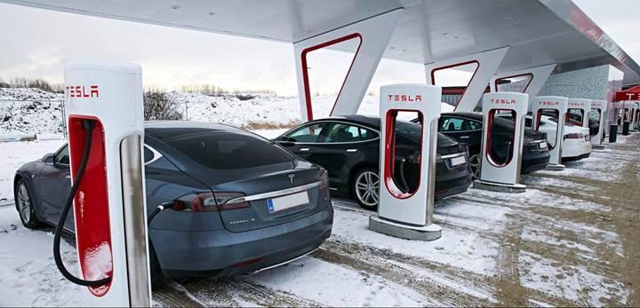 Elon Musk doğruladı: Tesla süperşarj istasyonları Türkiye'ye geliyor