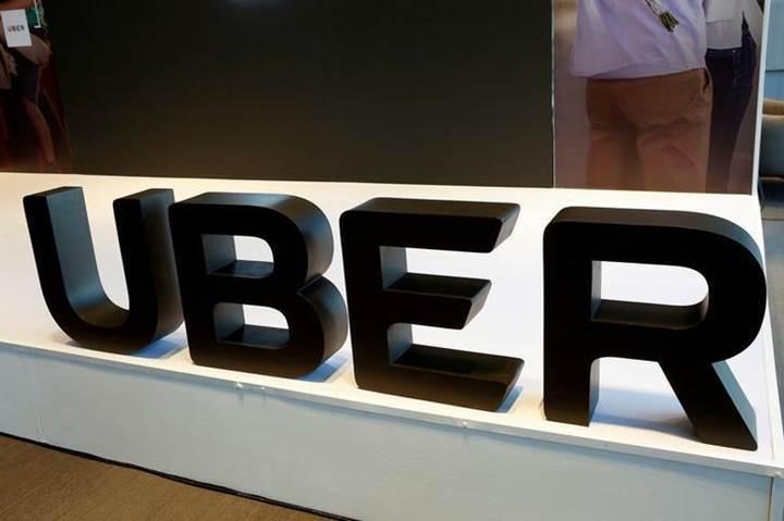 Uber sürücüsüz araç teknolojisi için Waymo ile görüşüyor