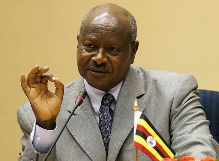 Uganda'da sosyal medya kullananlardan vergi alınacak