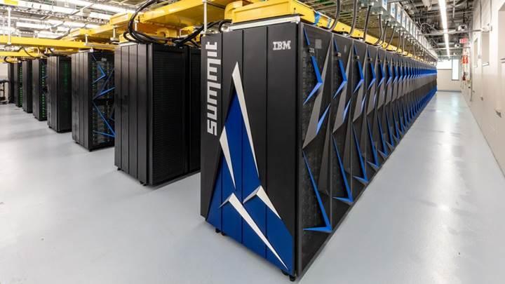 ABD dünyanın en güçlü süper bilgisayarını yaptı: İşte Linux ile çalışan Summit