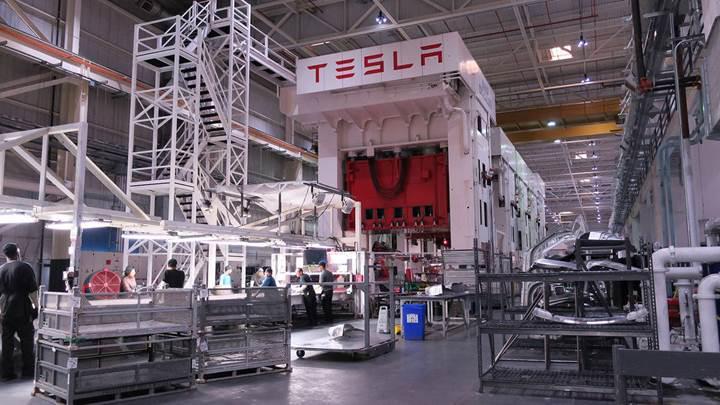Tesla'da işten çıkarmalar başladı, Elon Musk 3.600 çalışanın işine son veriyor