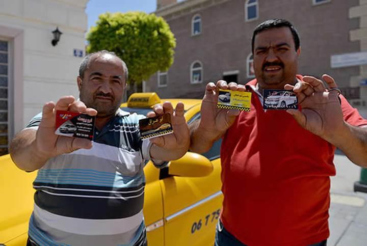 Uber'i yasaklatmaya çalışan taksiciler, şimdi de Suriyeli korsan taksicilerden şikayetçi