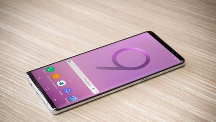 Samsung Galaxy Note 9'un demo cihazını test eden editör, telefonla ilgili yeni bilgiler verdi